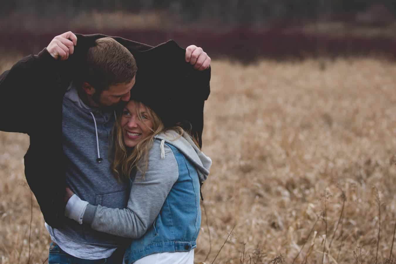 sukurkite internetinę pažinčių svetainę cheating sutuoktinė dating website